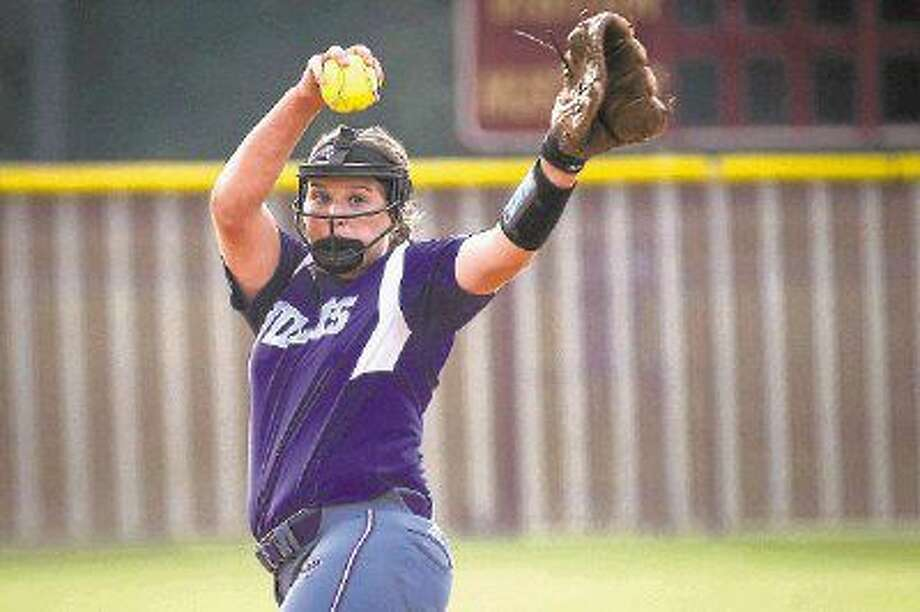 Willis' Casey Dixon (10) throws a pitch during the high school softball game against Magnolia West on May 13, 2016, at Magnolia West High School. To view more photos from the game, go to HCNPics.com. Photo: Michael Minasi
