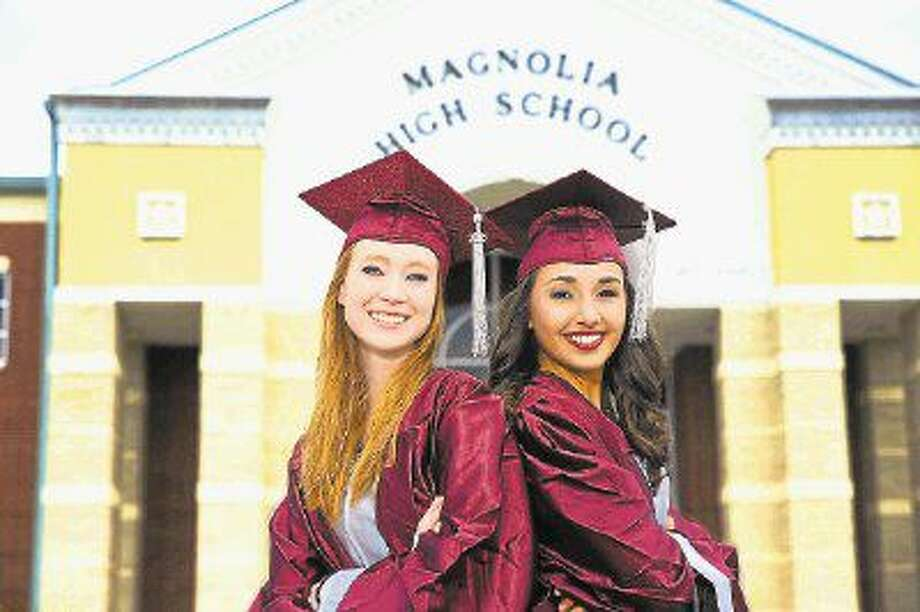 Katie Nissen (left) and Sarah Swift (right) are the top graduates for the Magnolia High School Class of 2016.