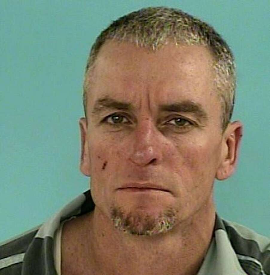"BROW, Robby LeeWhite/Male DOB: 08-30-1966Height: 6'00"" Weight: 175 lbs.Hair: Grey Eyes: GreenWarrant: #140404750 Fail to Report Change of AddressLKA: E. Heritage, Porter."