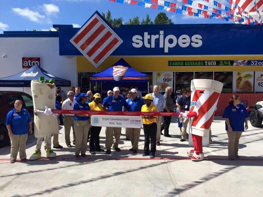 Willis residents celebrated the grand opening of the city's second Stripes Convenience Store Monday.