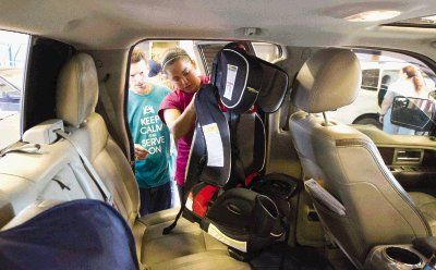 checking car seats safe kids of houston performs safety inspections the courier. Black Bedroom Furniture Sets. Home Design Ideas