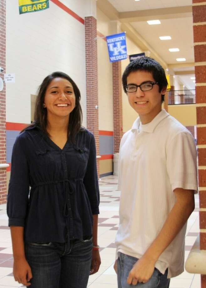 Dawson High students Megan Mendieta (left) and Giuseppe Vargas were named scholar and honorable mention honorees, respectively, in the National Hispanic Recognition Program. Photo: COURTNEY BAJUSZ