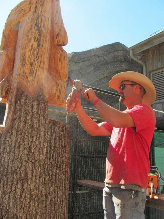 Chimps viewing area receives an artist s touch houston