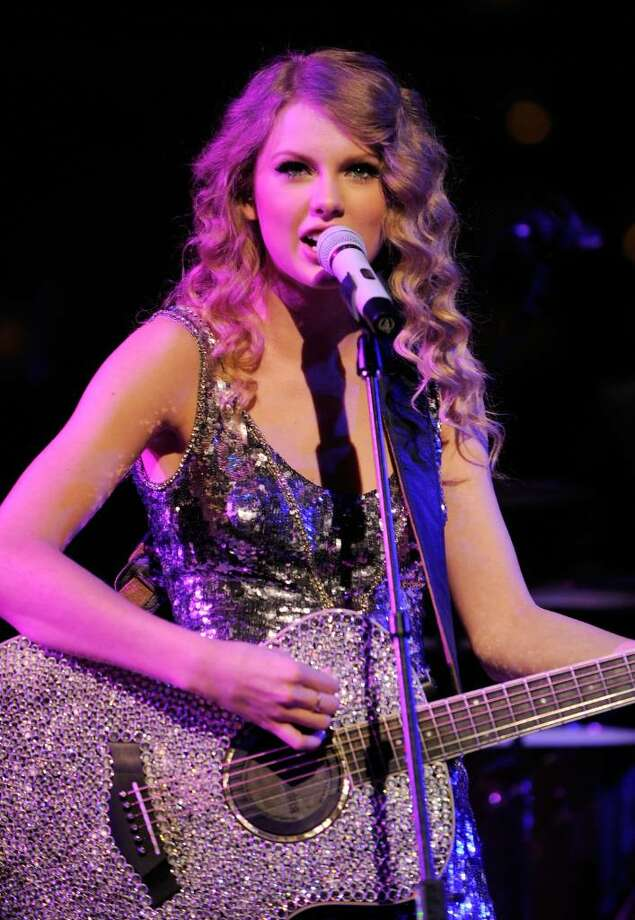 NEW YORK - MAY 04:  Singer Taylor Swift performs onstage at Time's 100 most influential people in the world gala at Frederick P. Rose Hall, Jazz at Lincoln Center on May 4, 2010 in New York City.  (Photo by Jemal Countess/Getty Images for Time Inc) *** Local Caption *** Taylor Swift Photo: Jemal Countess, Getty Images For Time Inc / 2010 Getty Images