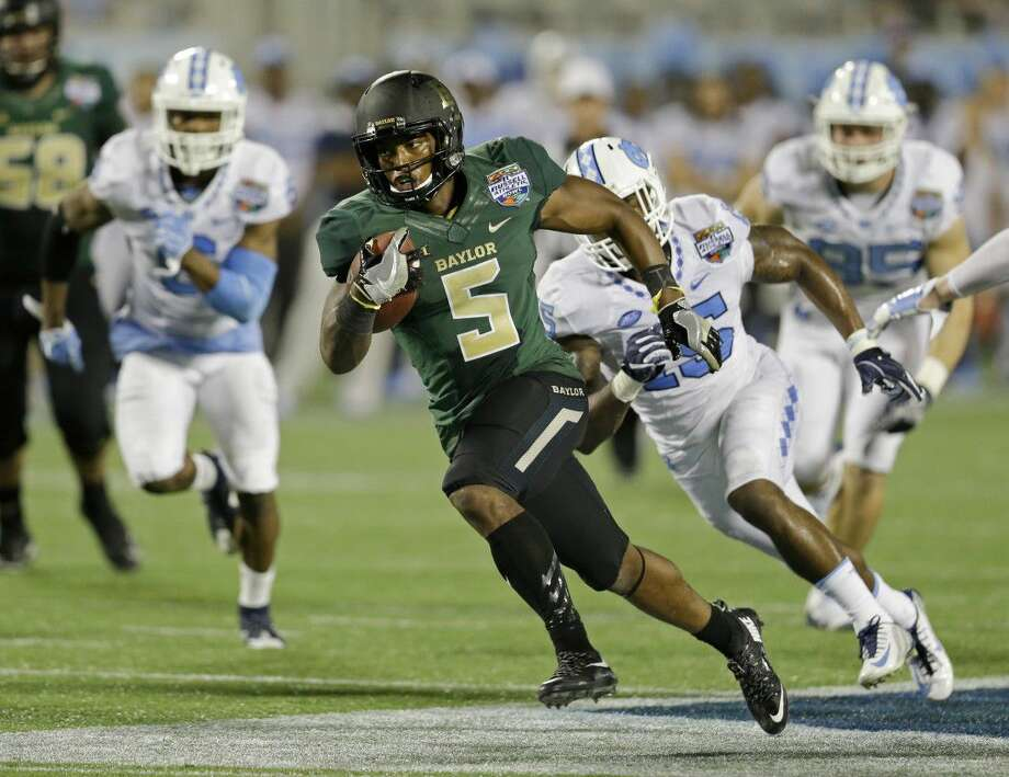 Baylor running back Johnny Jefferson (5) has sore ribs from a car ...