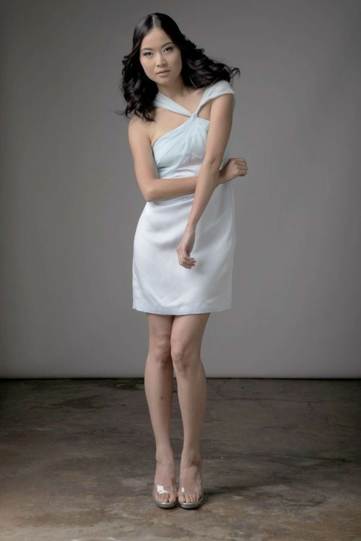 A dress from the Chloe Dao wedding collection.