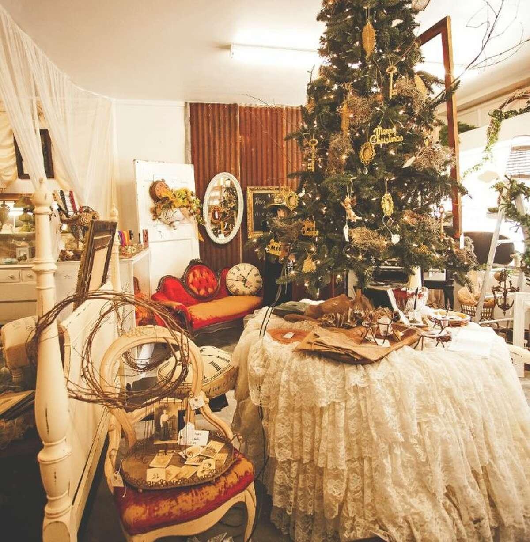 An interior shot of Ellen's Timeless Treasures.