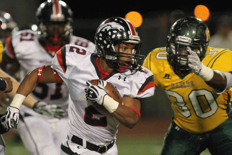 Westifled running back Latevius Downs rushed for 233 yards against Cedar Ridge on Friday night. Photo: Staff Photo By Jason Fochtman
