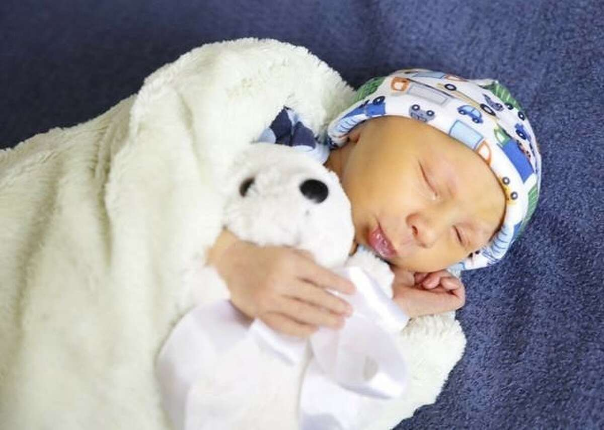Levi Kelly Love was born on Wednesday, May 8, 2013 to his parents Kristina and Aaron Love of Splendora.