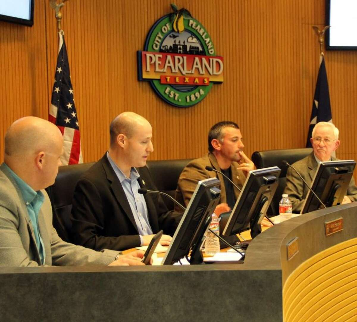 The Pearland City Council passed a resolution voicing their support for an uncoming Alvin Independent School District school bond election by unanimous vote at a council meeting held Monday (Oct. 24).