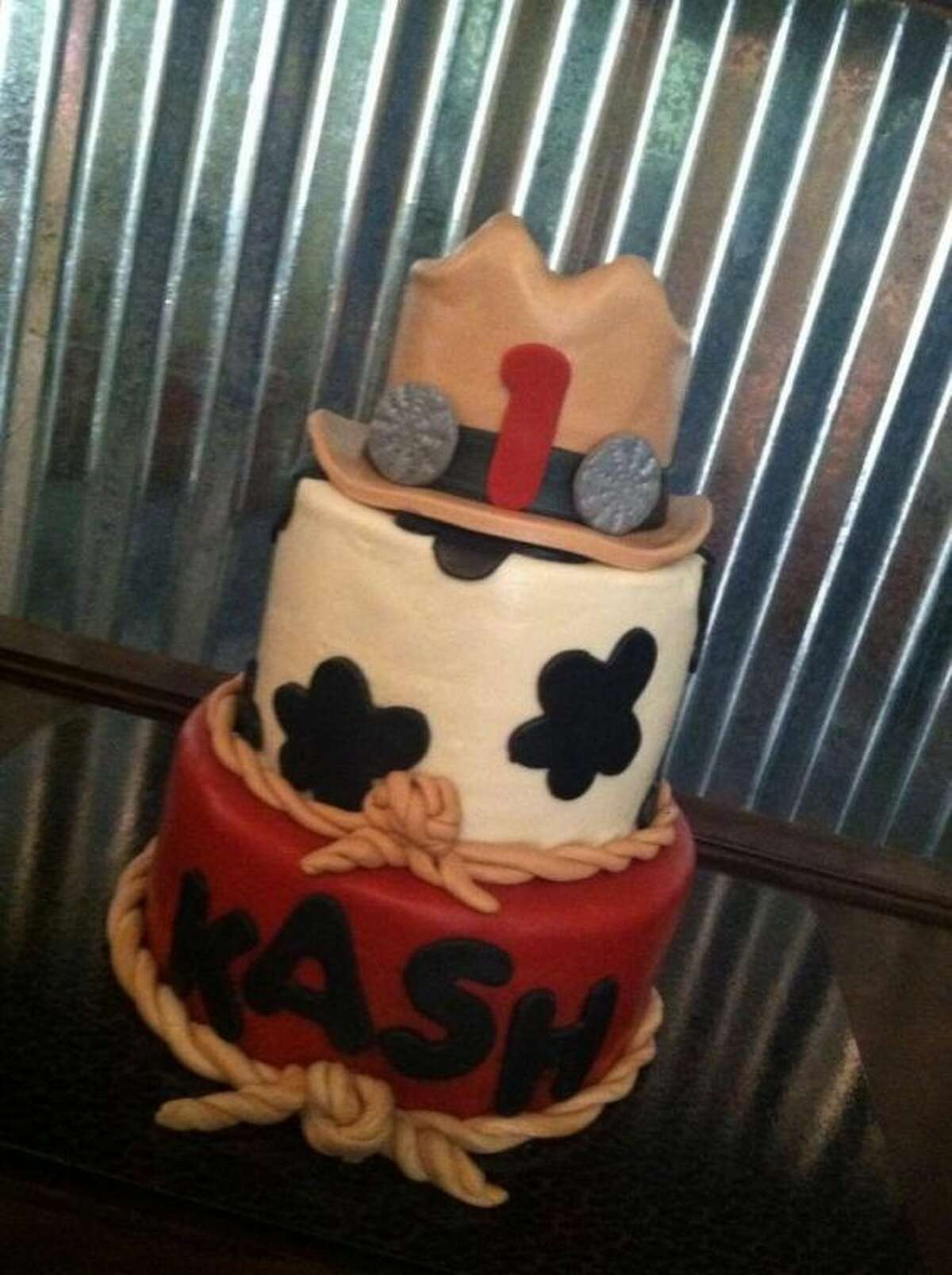 Anglie Sweeten made this Western-themed birthday day for a young cowboy.