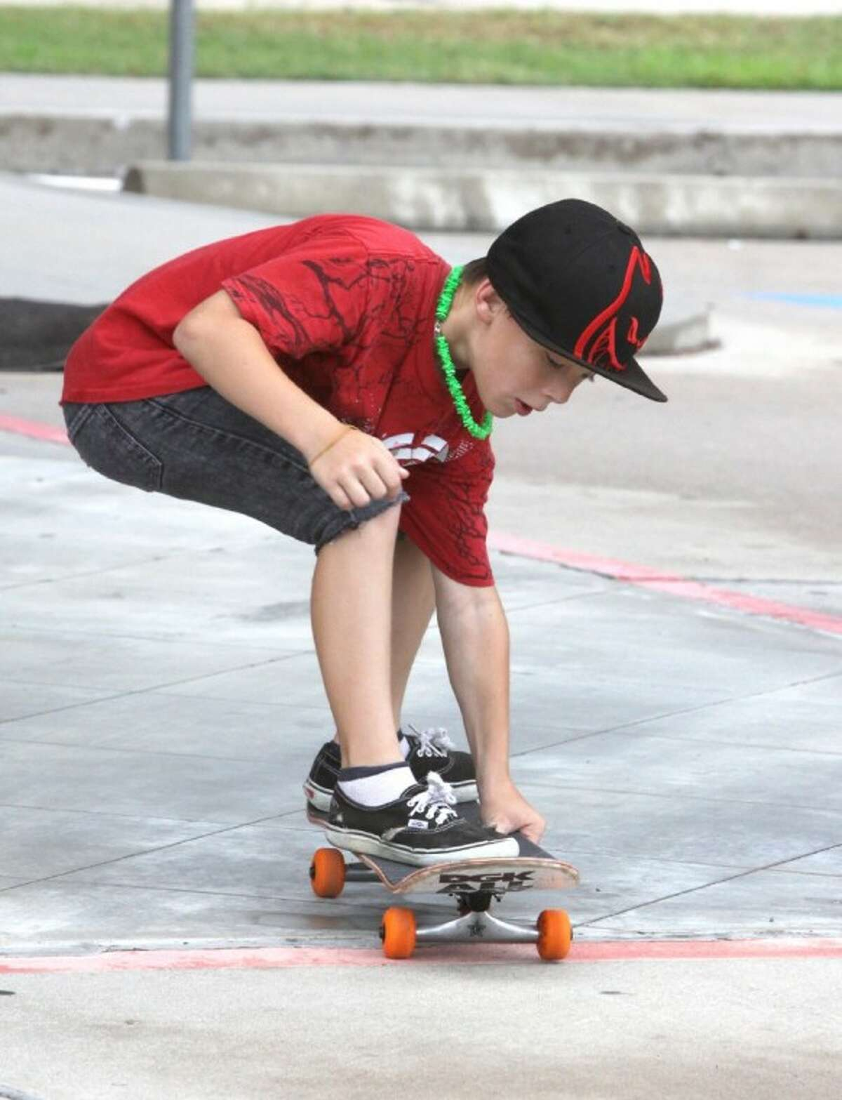 Ian Hocutt 8, skates with the TruthRiders.