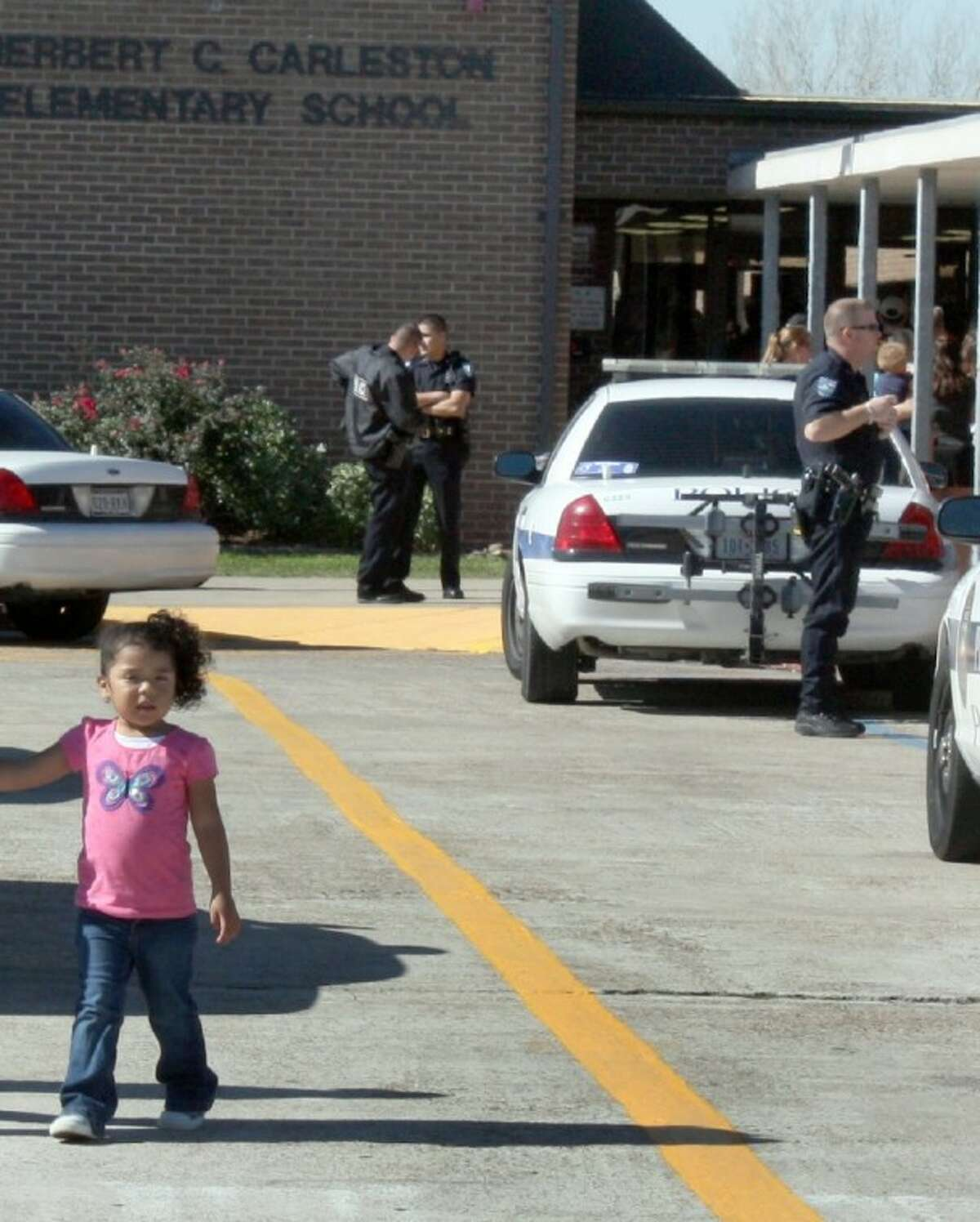 Pearland Pollice sent multiple patrols to the Carleston Elementary School, which was placed on lockdown while officers sweep the building and conducted a head count. Before the lockdown was lifted at noon, police officials repeated the head count and swept the building a second time. In addition, police officials sealed the perimeter and searched the grounds outside the school.