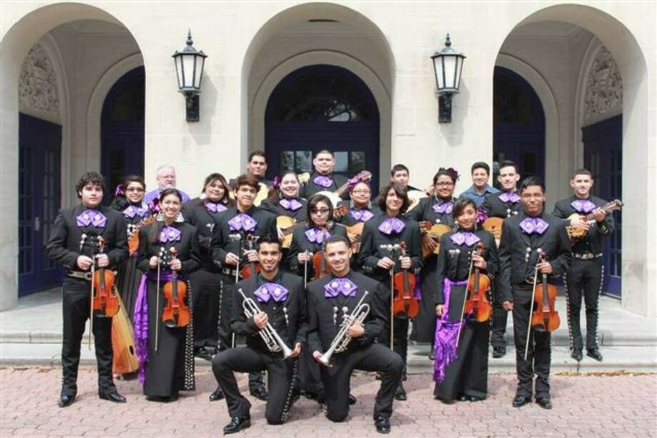 Jeff Davis High School S Mariachi Pantera Guest Entertainers For Nov