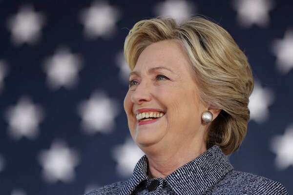 Democratic presidential candidate Hillary Clinton stands for her introduction during a campaign stop in Des Moines, Thursday, Iowa, Sept. 29, 2016. (AP Photo/Matt Rourke)