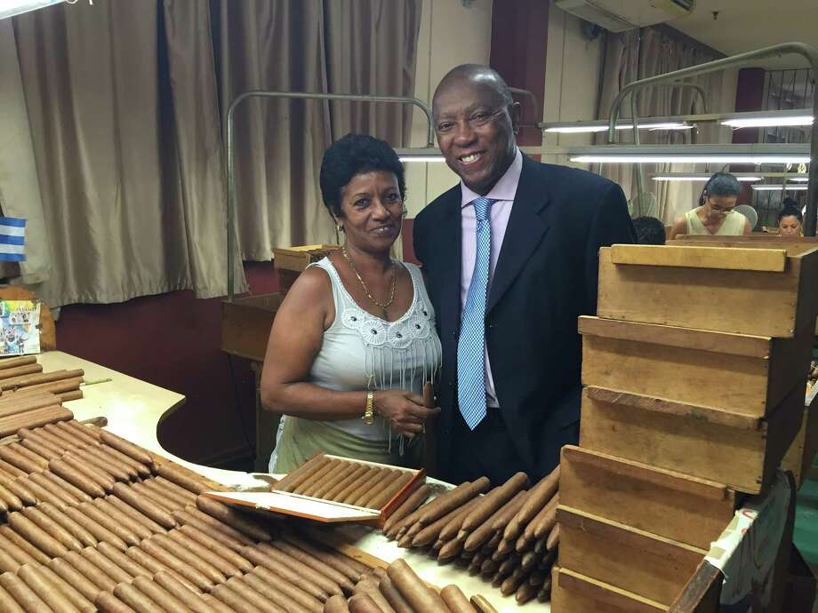 Houston Mayor Sylvester Turner visited a cigar factory in Havana during  his trade mission to Cuba this past weekend. Photo: Ileana Najarro