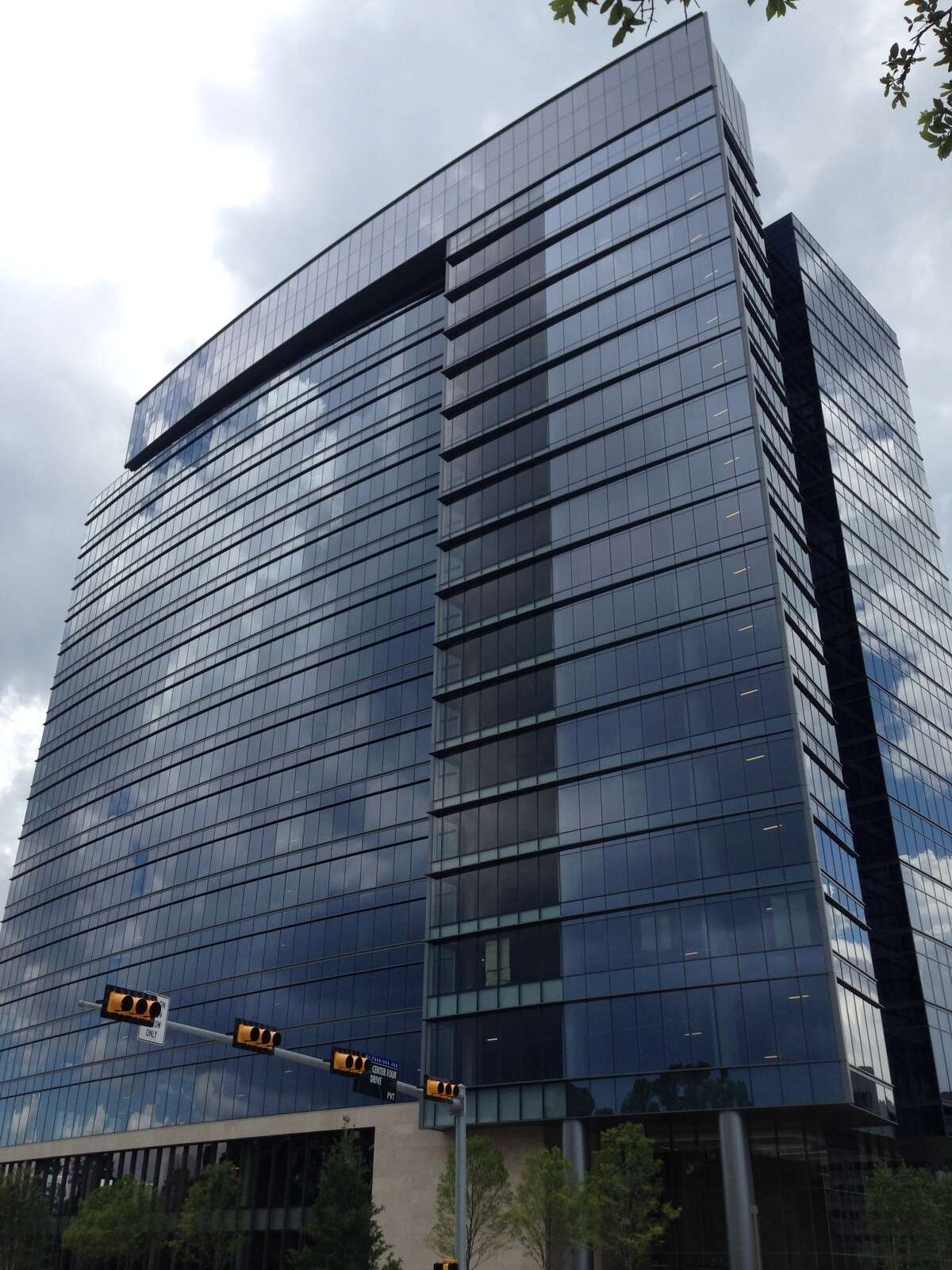 Energy Center Five, a 524,399-square-foot building at 915 N. Eldridge Parkway developed by Trammell Crow Co., features energy efficient elements.