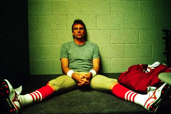 MIAMI, FL - JANUARY 22:  Quarterback Joe Montana of the San Francisco 49ers sits alone moments before Super Bowl XXIII. The 49ers beat the Cincinnati Bengals 20 to 16 on 01/22/1989.(ArtSelect 00035, DPS 6153)  (Photo by Michael Zagaris/Getty Images)