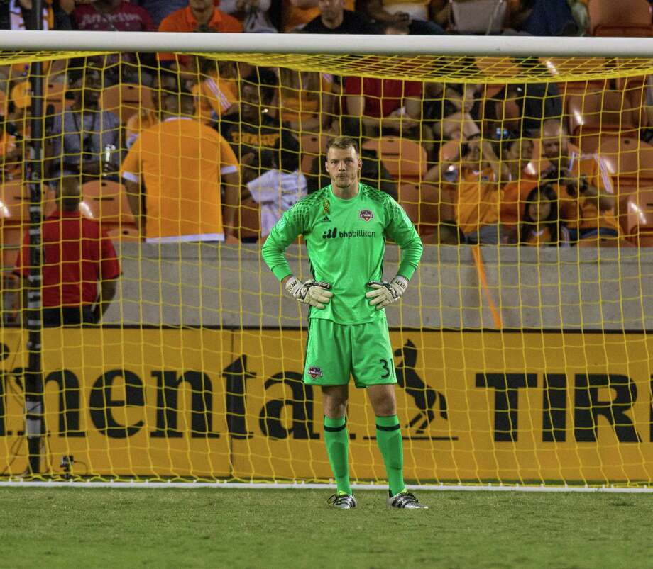 Houston Dynamo goalkeeper Joe Willis (31) reacts after the second goal was scored during the second half of action between the Houston Dynamo and the New York City FC during an MLS soccer game at BBVA Compass, Friday, September 30, 2016, in Houston. New York City FC defeated Houston Dynamo 2-0. (Juan DeLeon/Houston Chronicle ) Photo: Juan DeLeon, For The Chronicle / Houston Chronicle
