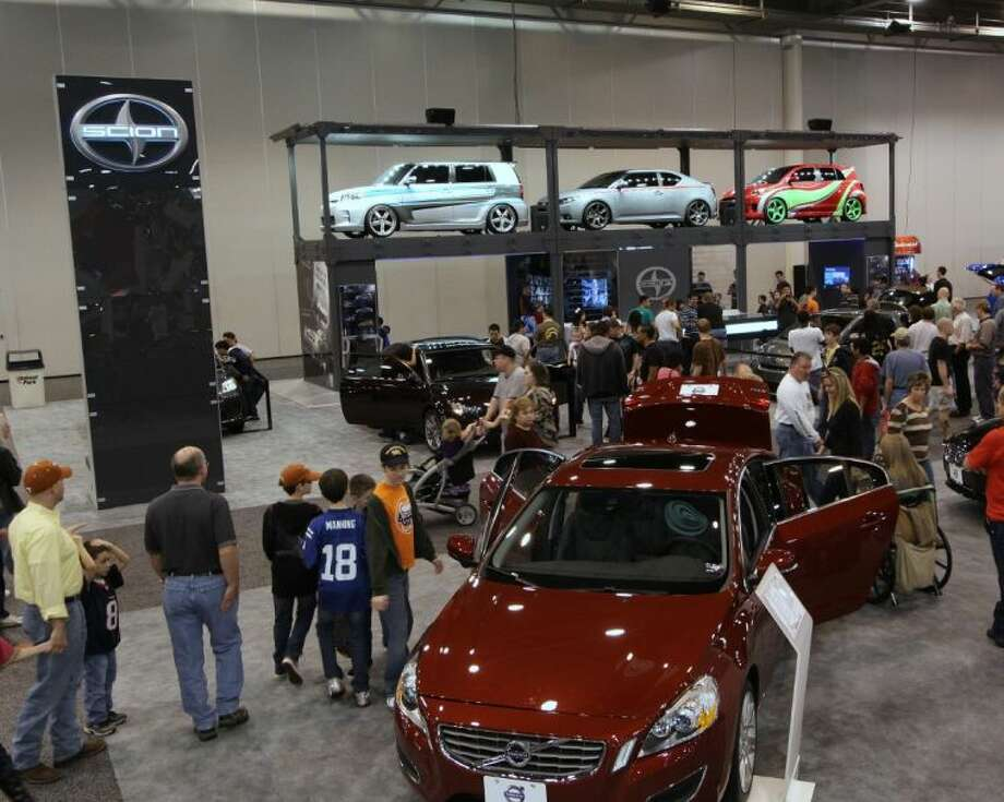 The Houston Auto Show is turning 30 this year and will be celebrating with the largest show ever! This year, the show will occupy the entire Reliant Center and will feature over 700,000 sq. feet of the latest vehicles from the world's top manufacturers.