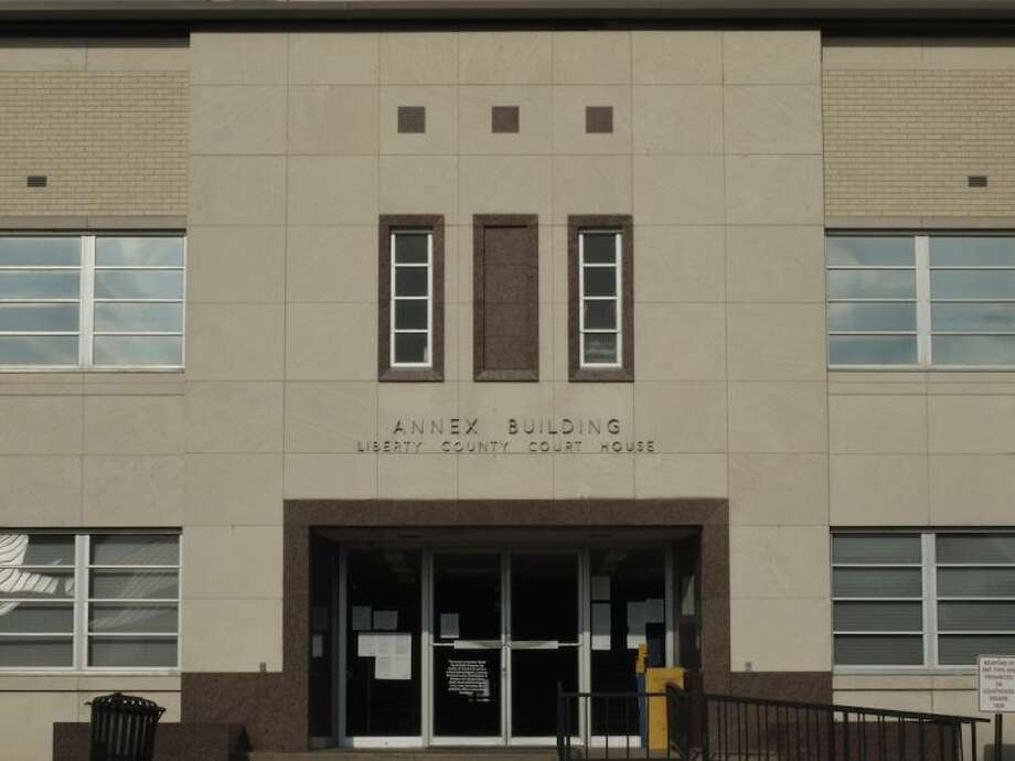 During the trial of Eric James Loften, courthouse visitors are required to enter through the west-end entrance. Photo: Casey Stinnett