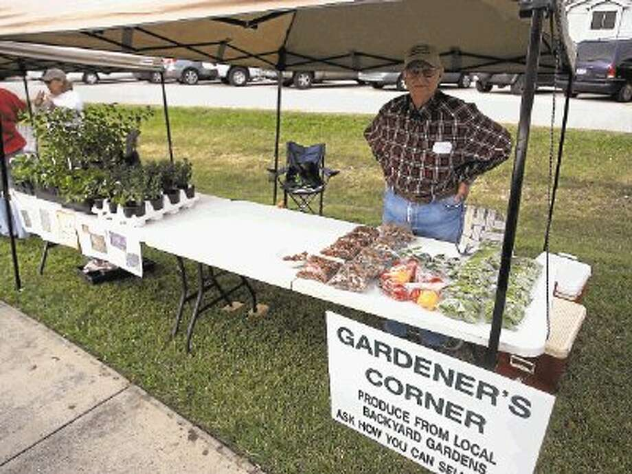 Come check out the fresh locally grown produce at the Pearland Old Townsite Farmers Market. / @WireImgId=2650546