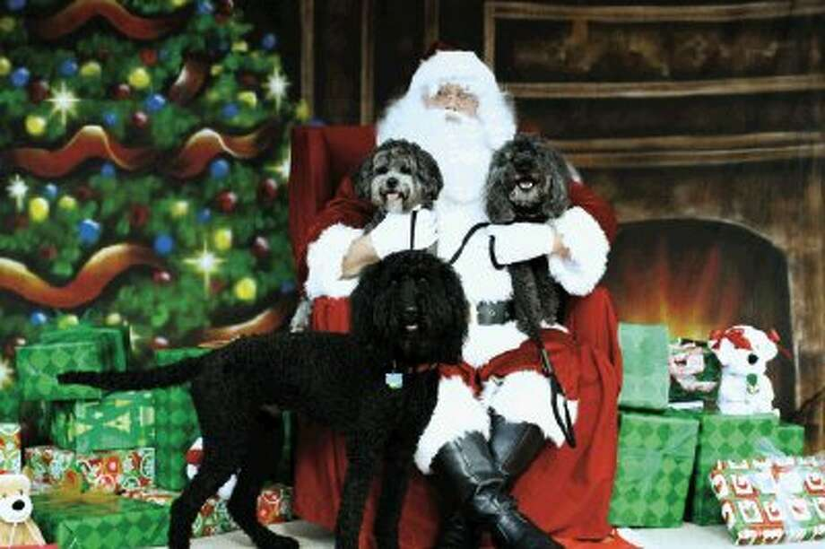 Blue Pond Pet Photography, Personal Touch Pet Sitting and the Town Center Events Committee, sponsors pictures with Santa, Saturday, Dec. 7 from 10 a.m.- 5 p.m.