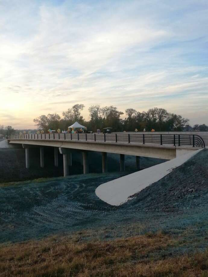 The newly-opened 300-foot bridge over Flat Bank Creek Diversion Chanel, connecting the master-planned communities of Sienna Plantation and Riverstone. Photo: Zach Haverkamp