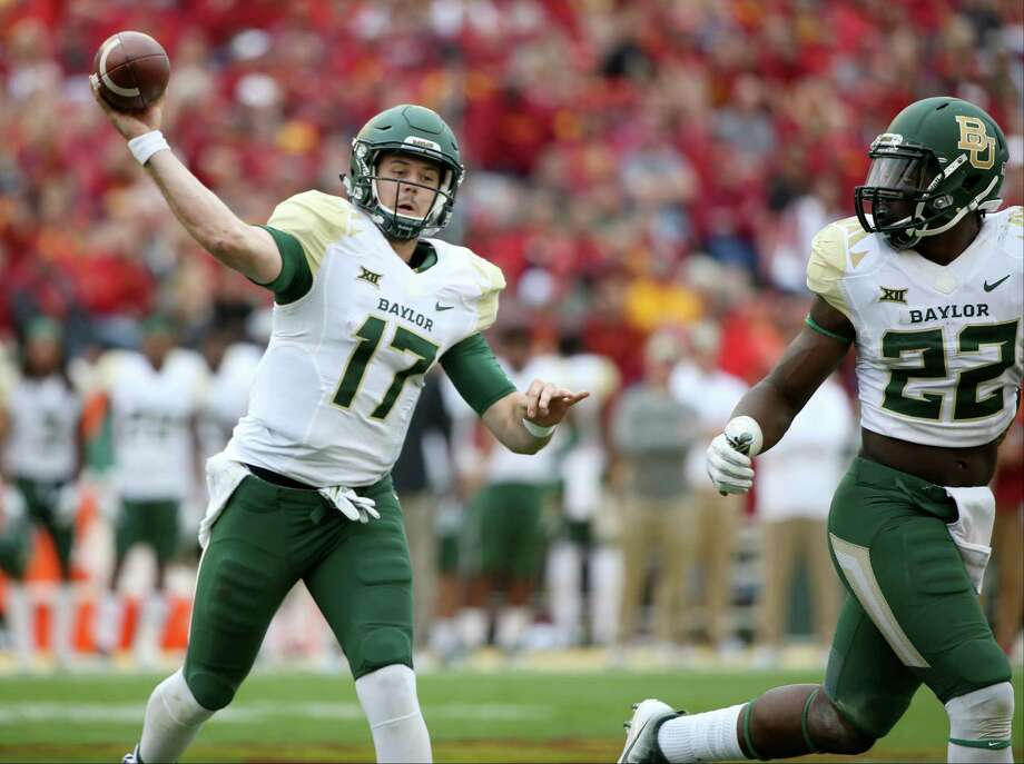 Baylor quarterback Seth Russell throws a touchdown pass during the second half of an NCAA college football game against Iowa State, Saturday, Oct. 1, 2016, in Ames, Iowa. Baylor won 45-42. (AP Photo/Justin Hayworth) Photo: Justin Hayworth, Associated Press / FR170760 AP