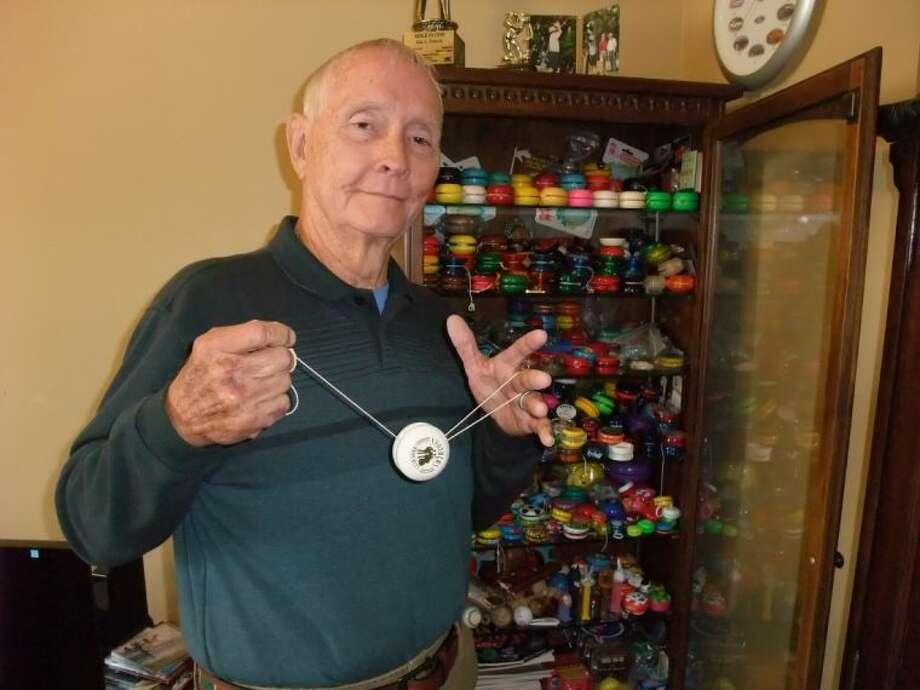Guy Ford demonstrates a Yo-Yo trick.