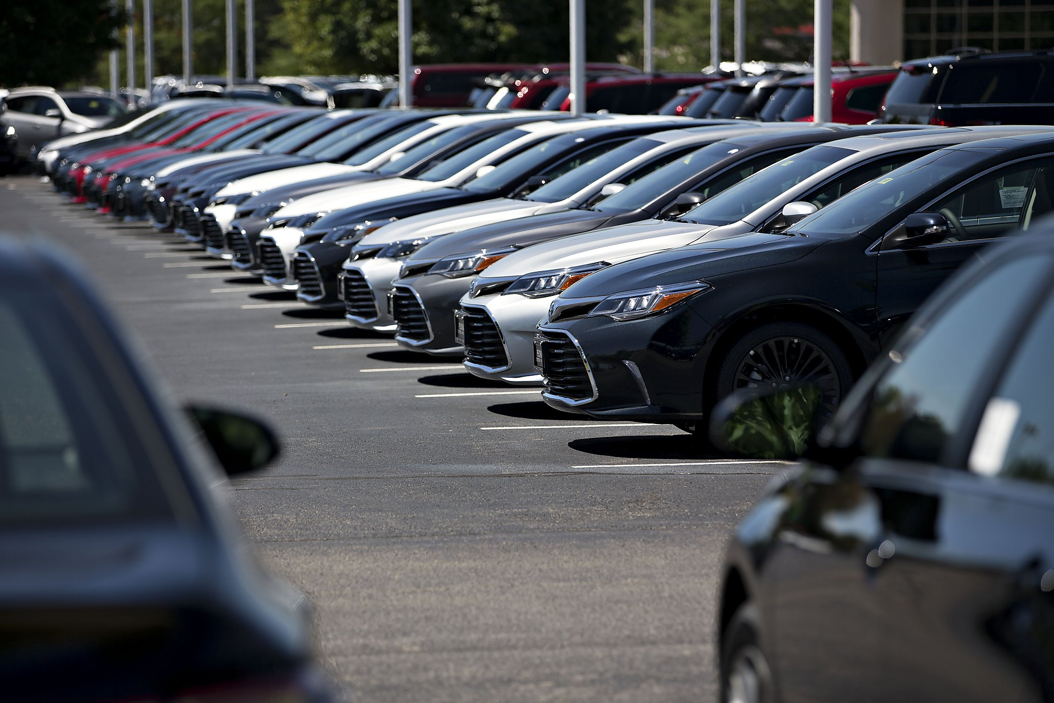 Auto sales fall in October