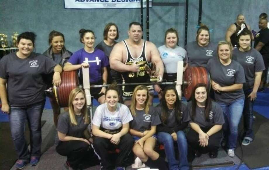 Meeker Sets World Record With 1 102 Lbs Bench Press Houston Chronicle