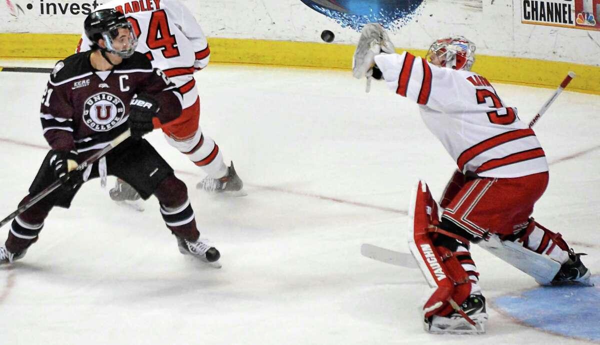 Ecac Hockey Doesn T Adopt New Ncaa Tiebreaking Procedure