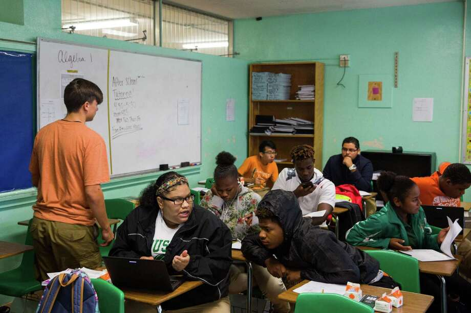 Classrooms at Sam Houston High School are slated to be renovated as part of the proposed SAISD bond program. The success of the district is vital for the entire community. Photo: Ray Whitehouse /for The San Antonio Express-News