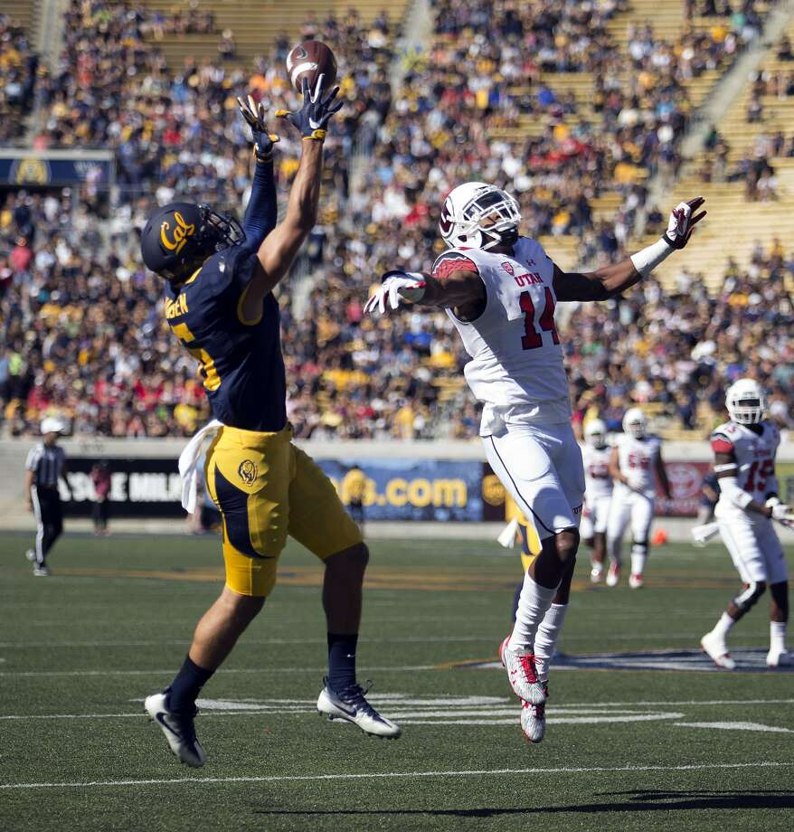 Utah California's Chad Hansen (6) catches a touchdown pass over Utah's Brian Allen (14) during the first quarter of a football game, on Saturday, Oct. 1, 2016 in Berkeley, Calif. Photo: D. Ross Cameron, Special To The Chronicle