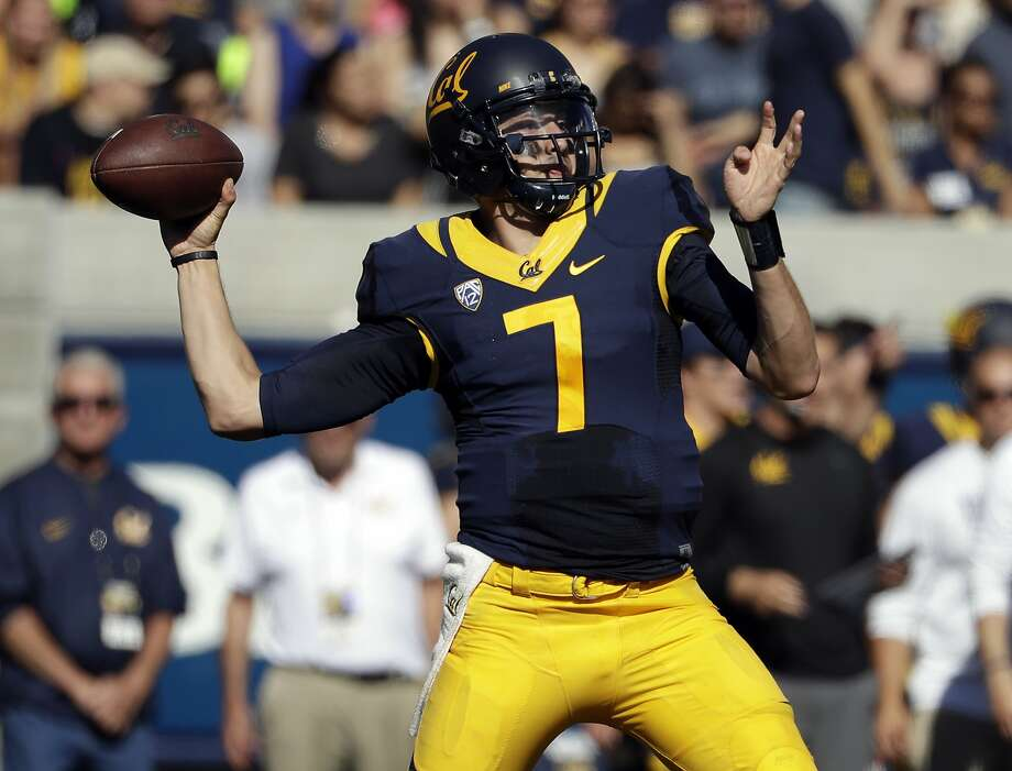 California quarterback Davis Webb throws against Utah during the first half of an NCAA college football game Saturday, Oct. 1, 2016, in Berkeley, Calif. (AP Photo/Marcio Jose Sanchez) Photo: Marcio Jose Sanchez, Associated Press