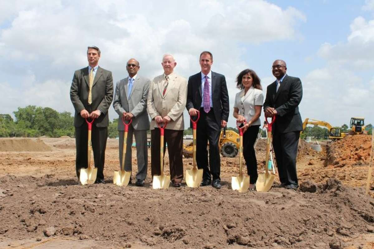 On June 11th, Dover Energy, along with leadership from the City of Pearland and the Pearland Economic Development Corporation, kicked off construction with a groundbreaking ceremony for the global manufacturer's new 150,000 square-foot facility in Pearland's Lower Kirby Urban District. Pictured from left to right: Frank Wierengo, President, Cook Compression; Soma Somasundaram, Executive Vice President, Dover Energy; Tom Reid, Mayor, City of Pearland; Jay Burnette, President, Waukesha Bearings; Carol Artz-Bucek, President/CEO, Pearland Chamber of Commerce; Charles Gooden, Jr., Chairman, Pearland Economic Development Corporation