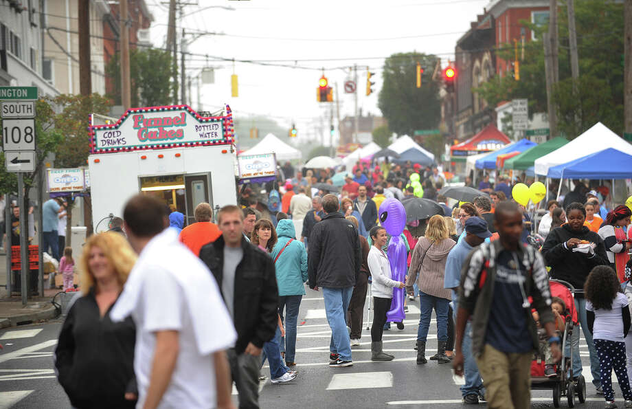 Visitors crowd Howe Avenue for Shelton Day festivities in downtown Shelton on Sunday, Oct. 6, 2013. (File photo) Photo: Brian A. Pounds / Brian A. Pounds / Connecticut Post
