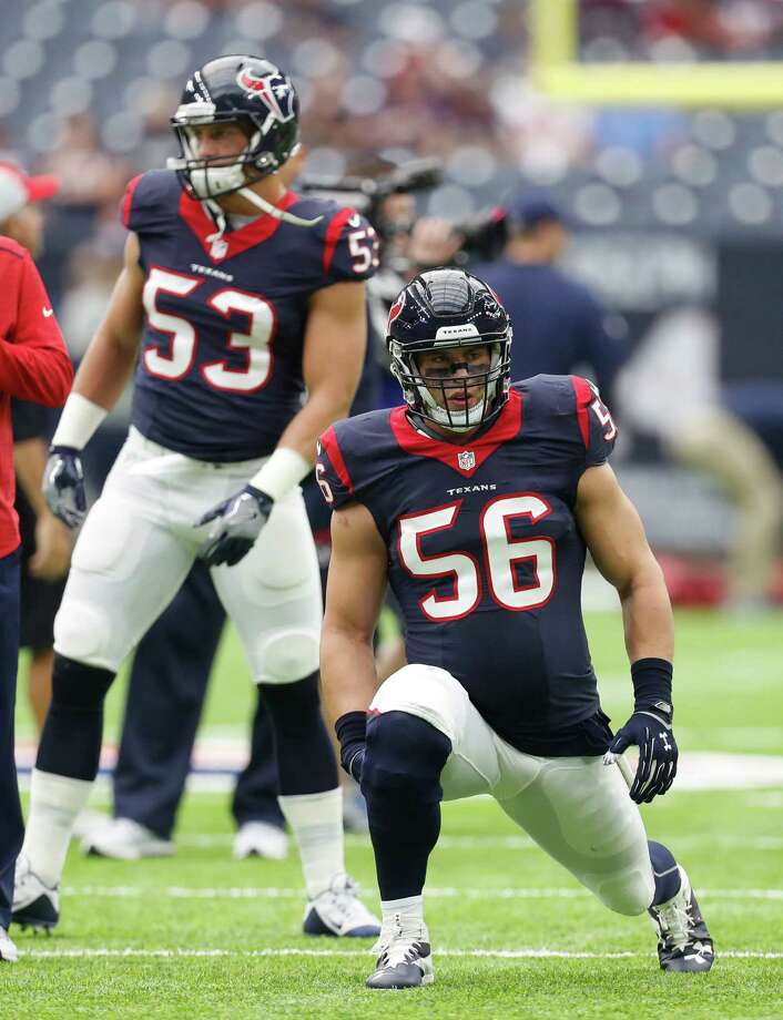 Houston Texans inside linebacker Brian Cushing (56) stretches before the start of an NFL football game at NRG Stadium, Sunday, Oct. 2, 2016 in Houston. Photo: Karen Warren, Houston Chronicle / 2016 Houston Chronicle