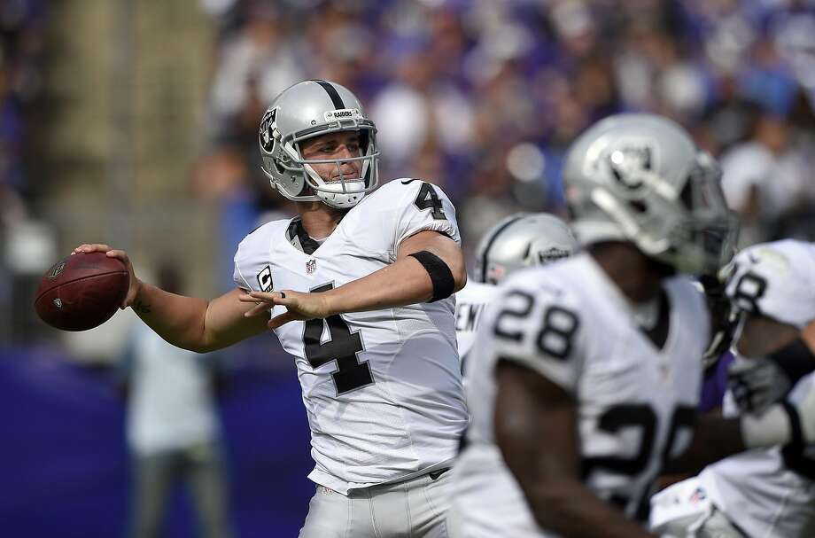 Derek Carr threw four touchdowns for the fourth time in his career. Photo: Nick Wass, Associated Press