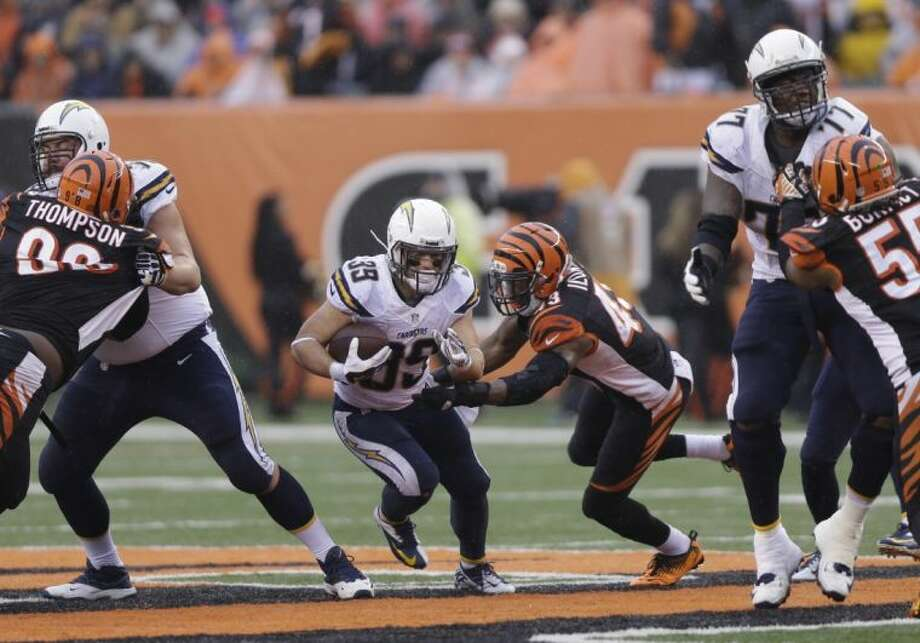 Chargers running back Danny Woodhead runs against the Cincinnati Bengals. The Chargers won 27-10.