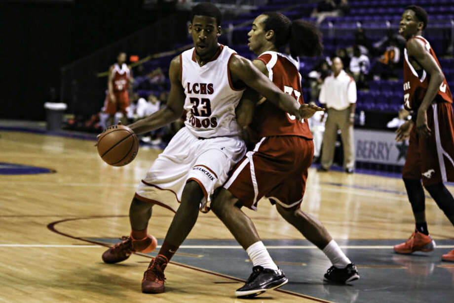 James Taylor and Langham Creek are 3-0 in district play. (Michael Minasi/HCN)