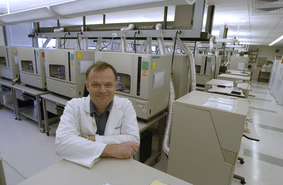 Dr. Richard Gibbs, director of Baylor College of Medicine's Human Genome Sequencing Center, leads a lab that helped sequence the human genome.  Photo: Ben DeSoto, Staff / Houston Chronicle