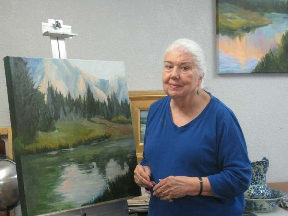 Ratliff, a lifelong artist and learner, is passionate about painting in the outdoors and travels to the mountains every fall to capture the beauty of the change in seasons.