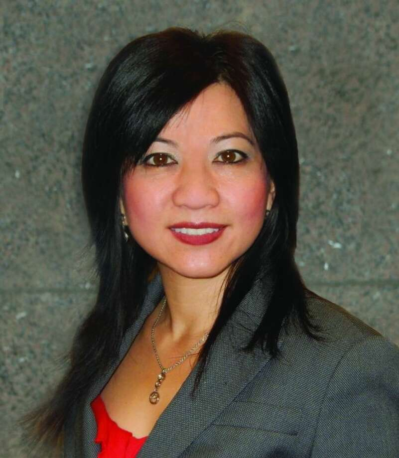 Memorial City Bank has announced the appointment of Anne Dinh, vice president, to the bank's main office at 820 Gessner in Houston.