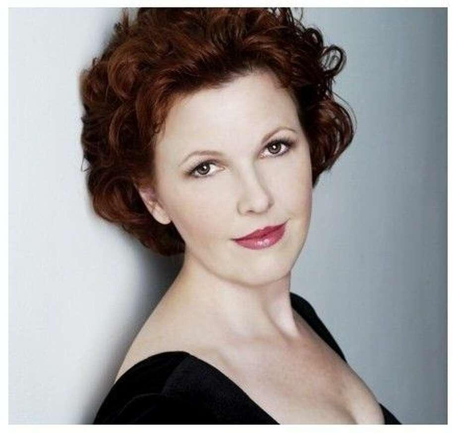 Soprano Nancy Curtis