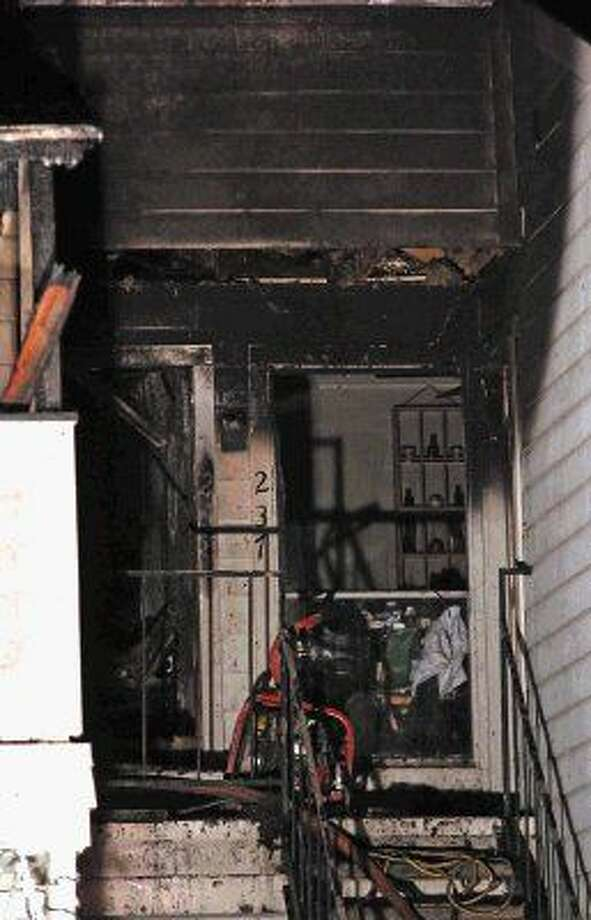 One unit was destroyed and several more were damaged by a fire Thursday evening (January 8, 2015).