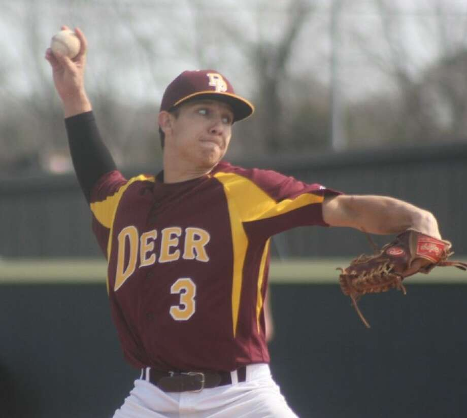Austin Wailes displays the form that handcuffed South Houston on one hit last Friday morning. It was one of numerous nice outings by Deer Park pitching during the 14th annual David Anzaldua Tournament. Photo: Robert Avery