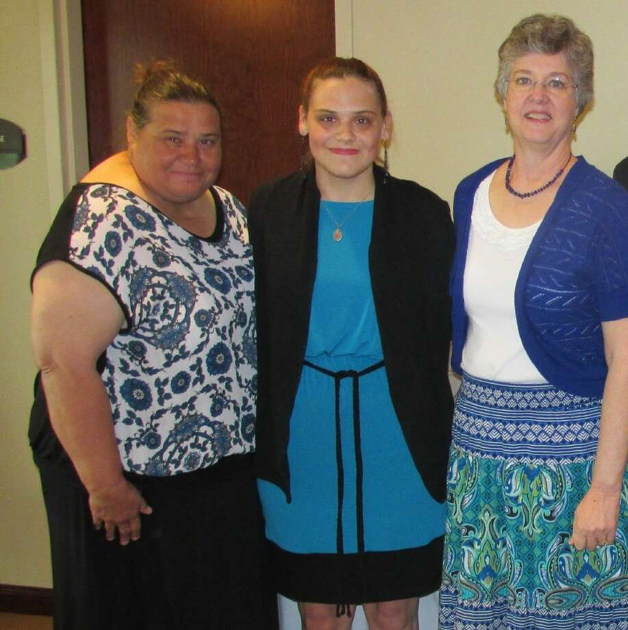 Beth Peschke (middle), the Jan Schiff Scholarship recipient for 2014. Photo: Submitted