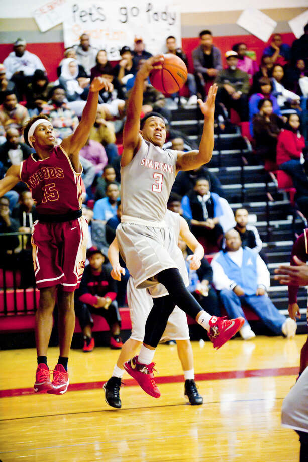 Cy Lakes' Nick Garth had 25 points in the win over Cy Woods on Tuesday. Photo: Tony Gaines/HCN